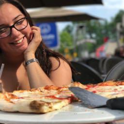 deesantana23 on One Bite Pizza App