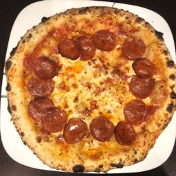 kandy.kruchaholic on One Bite Pizza App
