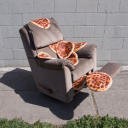 dinenrecline on One Bite Pizza App