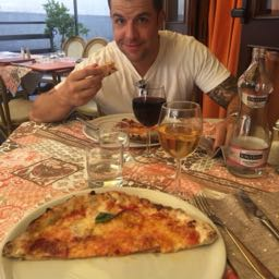 jesse.czypinski on One Bite Pizza App
