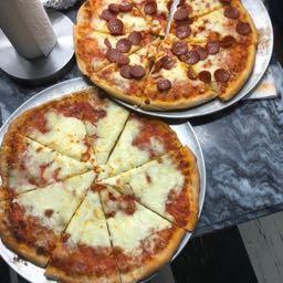 robpisani92 on One Bite Pizza App