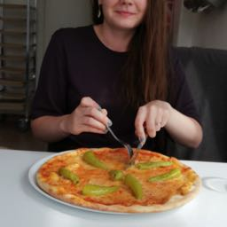 emilia.aalto on One Bite Pizza App