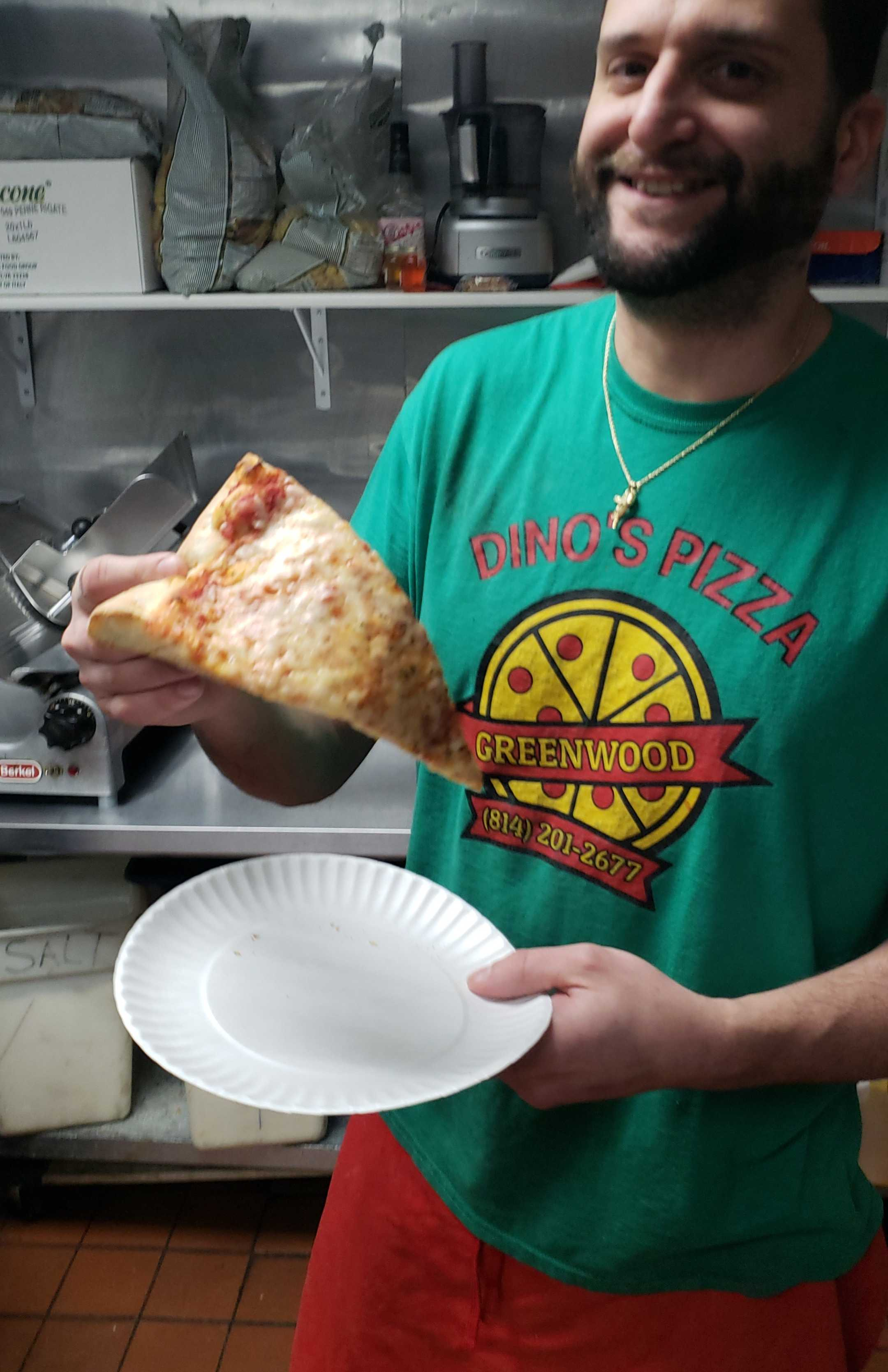 Justin Ruggiero S Pizza Review At Dino