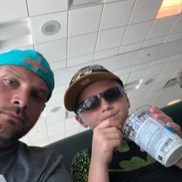 johnny.and.jaxen on One Bite Pizza App