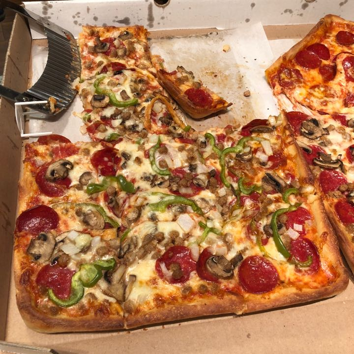 One Bite Pizza Review Manhattan Pizza Wings And More