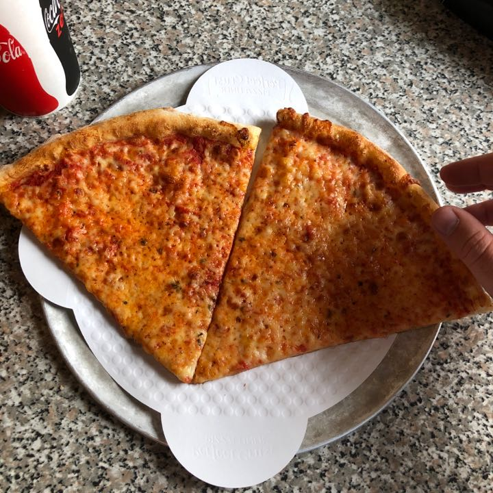 typerkelley's Pizza Review at Blue Jeans Pizza   One Bite