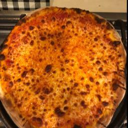piesannoisseur on One Bite Pizza App