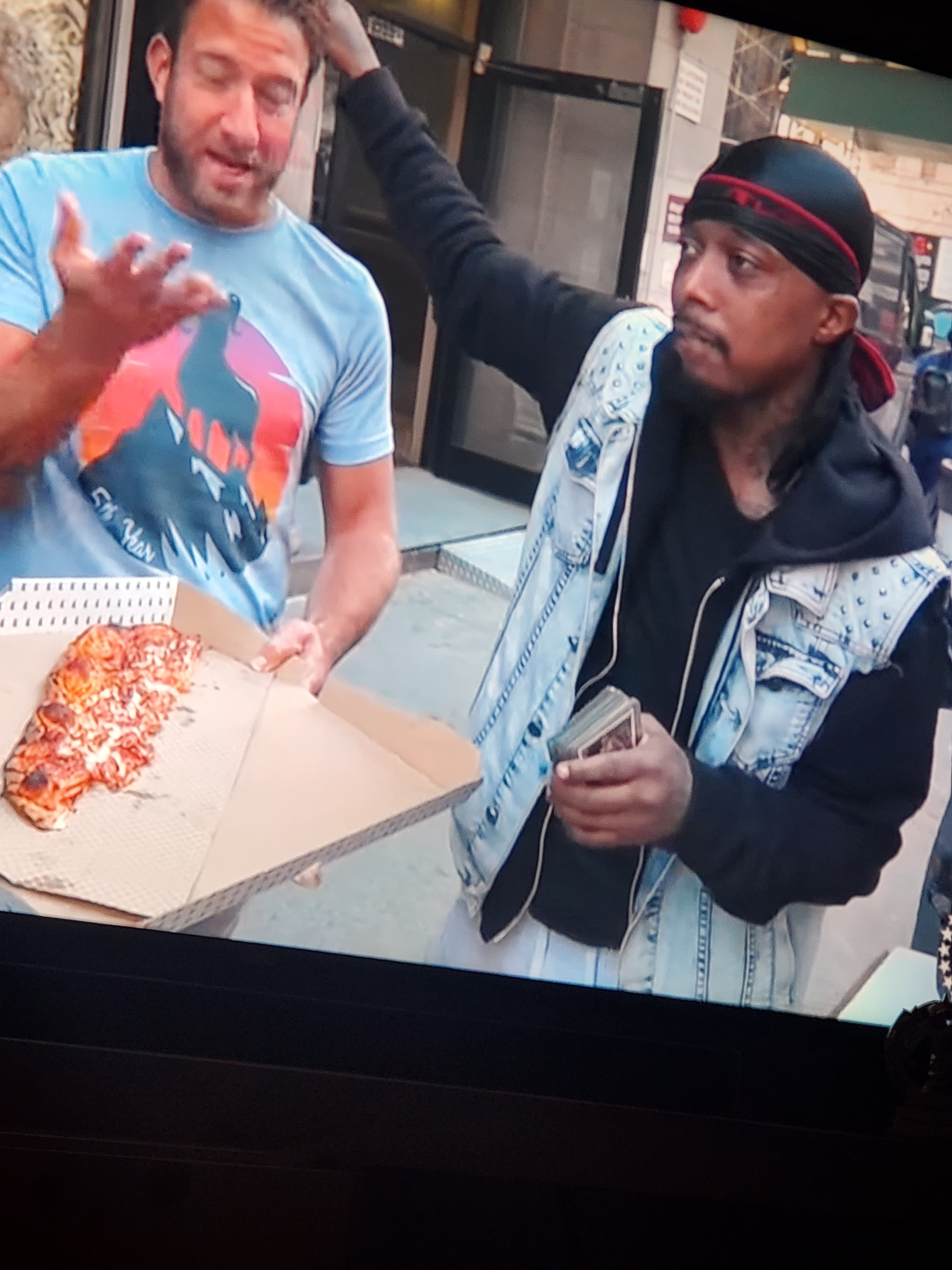 jason.thompson11 on One Bite Pizza App