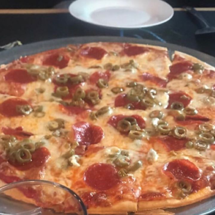 Joeyspizzas Pizza Review At Mama Mias One Bite