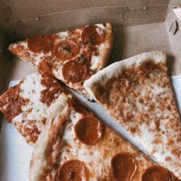 dani.hops on One Bite Pizza App