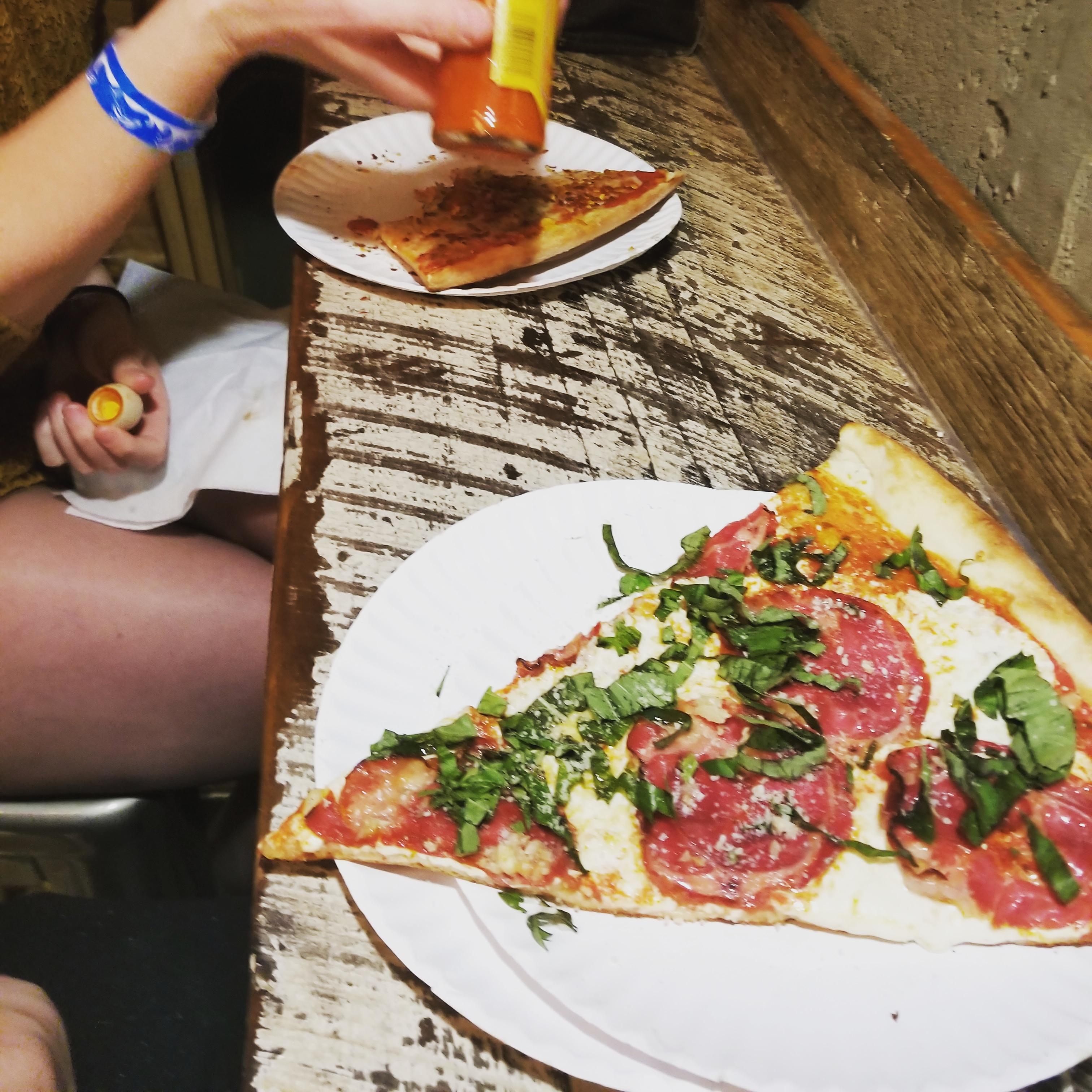 adi.pilaković on One Bite Pizza App